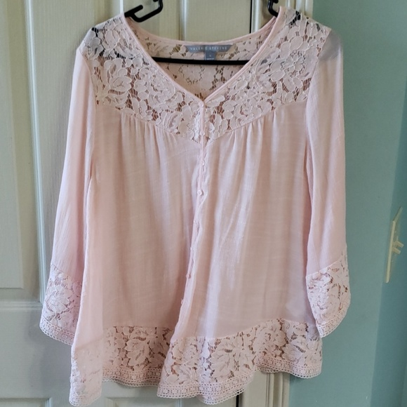 Valerie Stevens Tops - Valerie Stevens pink women's blouse size small